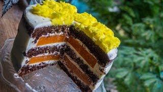 Шоколадный торт с абрикосами
