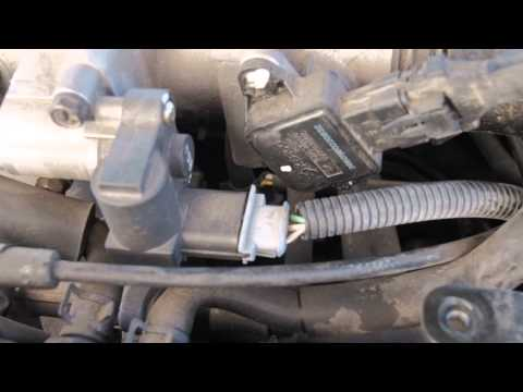 2004 Hyundai Elantra stalls/dies at idle  - YouTube