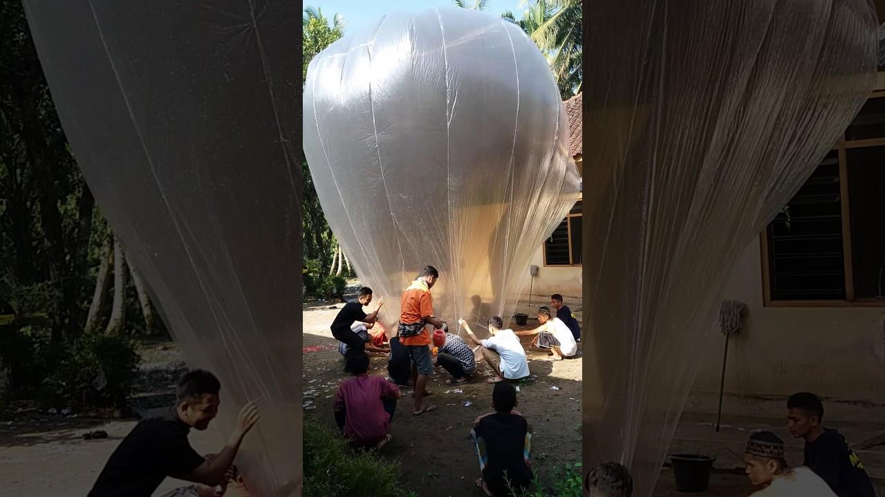 Download Tradisi Balon syawalan magelang