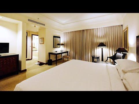 bumi-surabaya-city-resort-|-classic-room