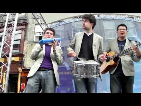 The Harmonics Live - Edinburgh 2010 - Chattanooga ChooChoo