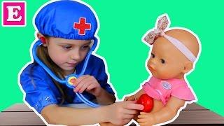 Играем в Доктора с Уколами Делаем Прививку Беби Борн, Игры в доктора с куклами для детей