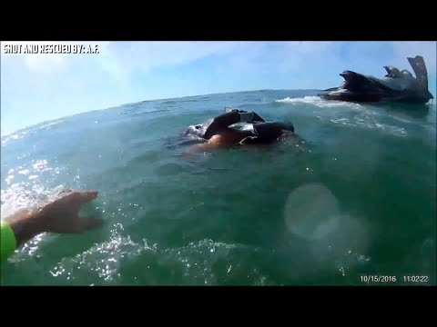 Dramatic video shows deputy rescue man thrown from jet ski