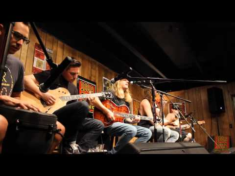 102.9 The Buzz Acoustic Session: The Dirty Heads - Cabin By The Sea
