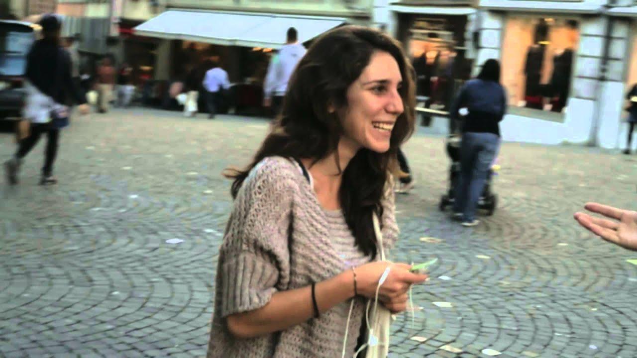 Migros I am: Komplimente (TV-Spot) - YouTube