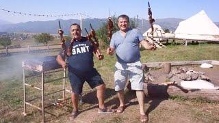 Вкусное приготовление мяса и рыбы, встреча с друзьями на природе