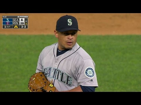 SEA@MIN: Ruiz retires the side in pitching debut