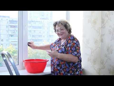 Чем вымыть окна без разводов в домашних условиях народными средствами