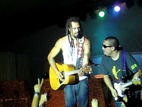 Michael Franti and Spearhead Live - Everyone Deserves Music