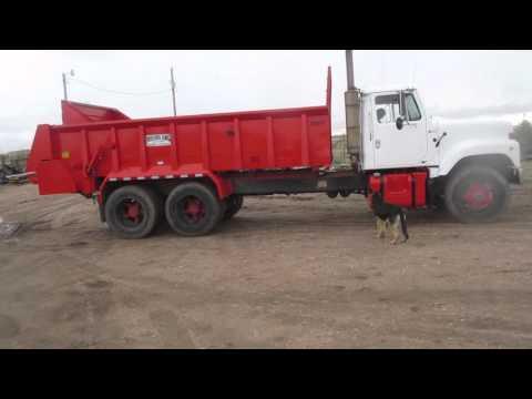 Manure Spreader Truck