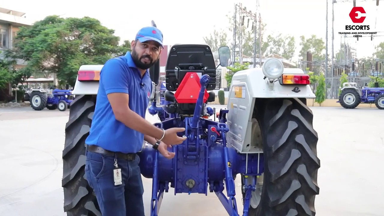 Farmtrac 6055 Haulage Specialist with 8+2 Center Shift GearBox Features Specsifications | Hindi
