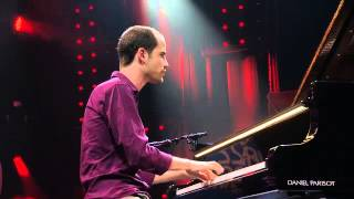 Video Avishai Cohen - 'Seven Seas' live (Jazz in Marciac, 2014) download MP3, 3GP, MP4, WEBM, AVI, FLV Januari 2018