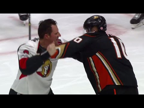 Ducks' Perry stands up for himself after being dumped into Senators net by Phaneuf