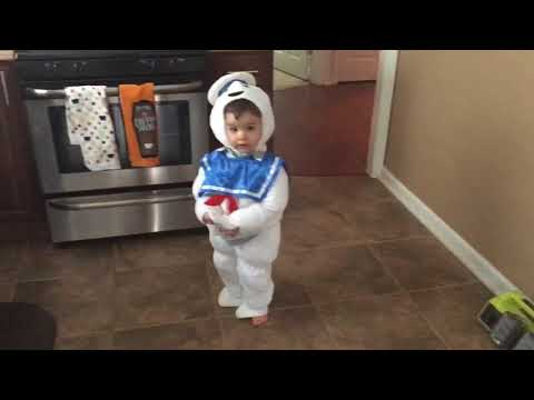 Baby Stay Puft dancing to Ghostbusters