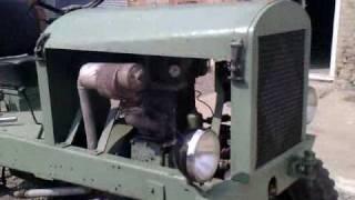 Traktor mit Einzylinder JUNKERS Motor Gegenkolbenmotor