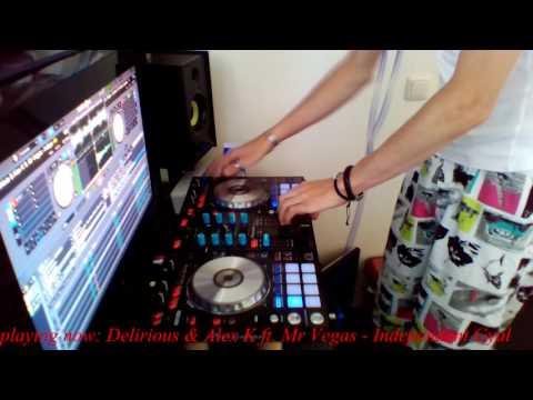 Moombahton Madness #3 Mixed by RÖVAK