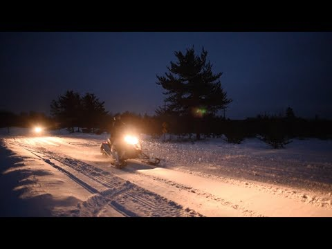 Snowmobiling 101: Riding at Night