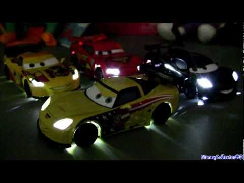 Carros 2 Light up Cars Relampago Mcqueen Miguel Camino Disney Pixar Dublado em Portugues