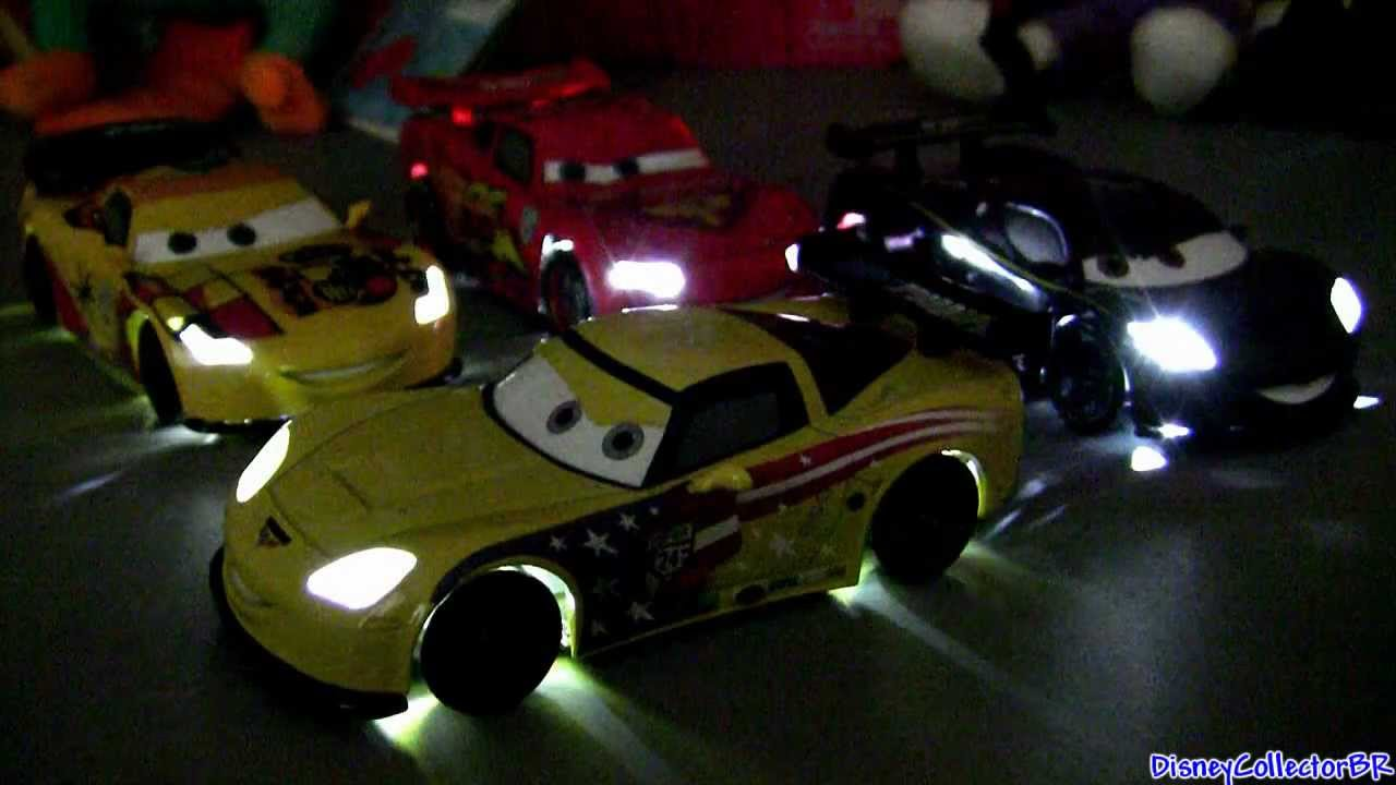 Carros 2 Light Up Cars Relampago Mcqueen Miguel Camino