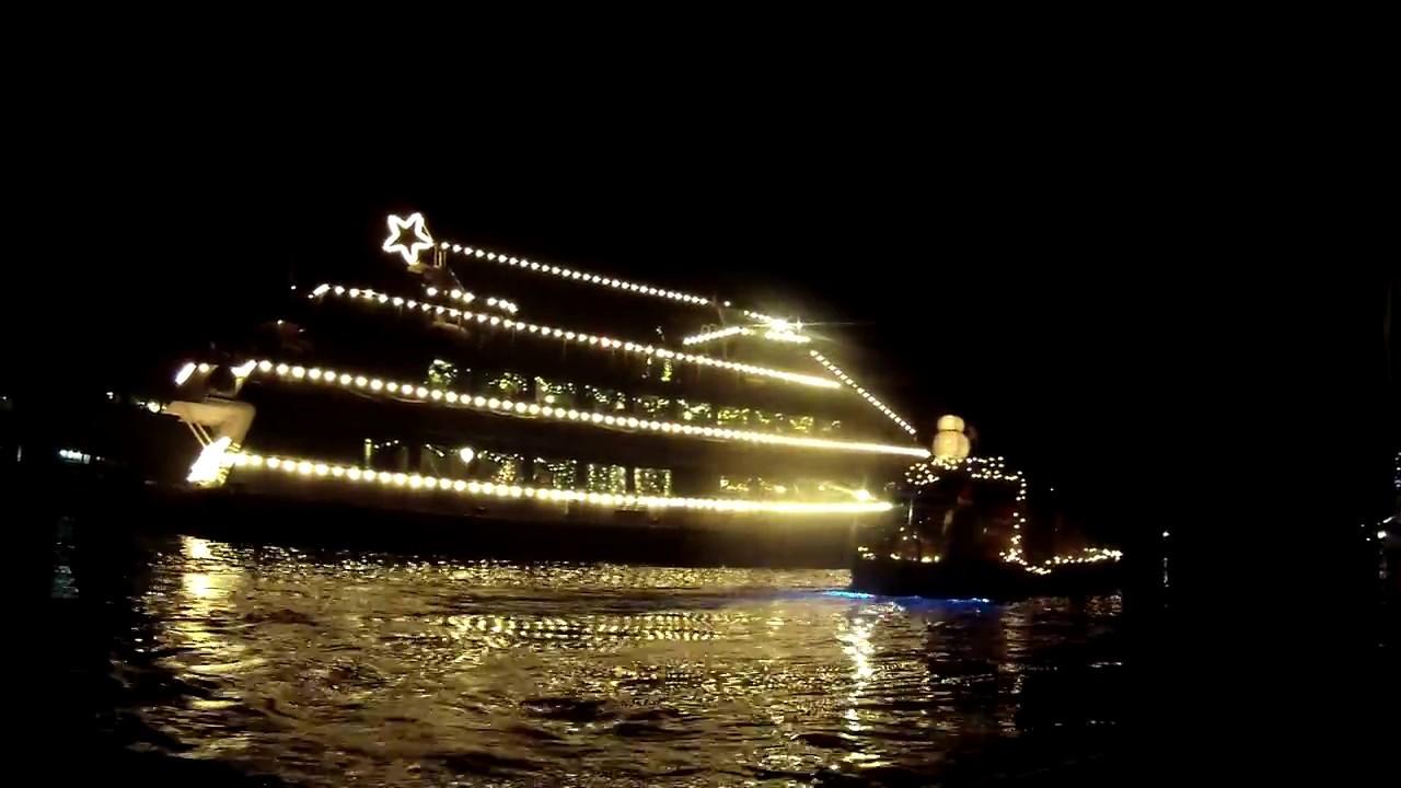 sup seattle christmas ships parade