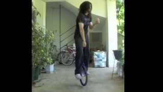 SKILL 19 (rubicks cube one hand+bunny hop unicycle)