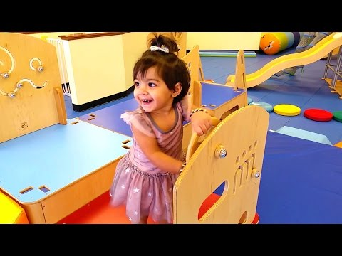 Kids Playing Indoor Playground, Baby Games at Gymboree Play & Music Review - ZMTW