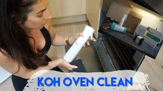 THE KOH CLEANING HYPE - CLEANING MY OVEN WITH KOH