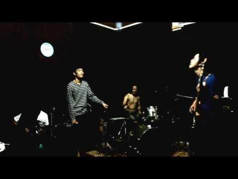Antivirus band - Testy Alestasia (at- Studio)