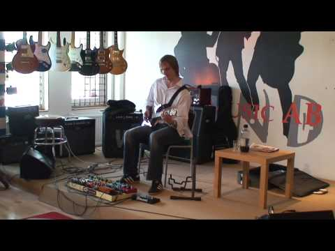 John Huldt - Sticky Fingers
