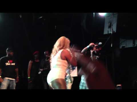 Lil Kim- Let It Go (Live)
