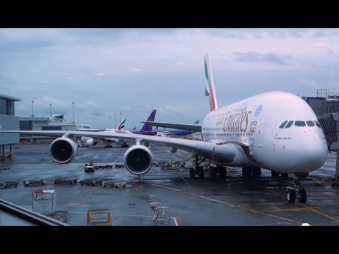 Emirates Airbus A380 /  Melbourne To Auckland / Business Class