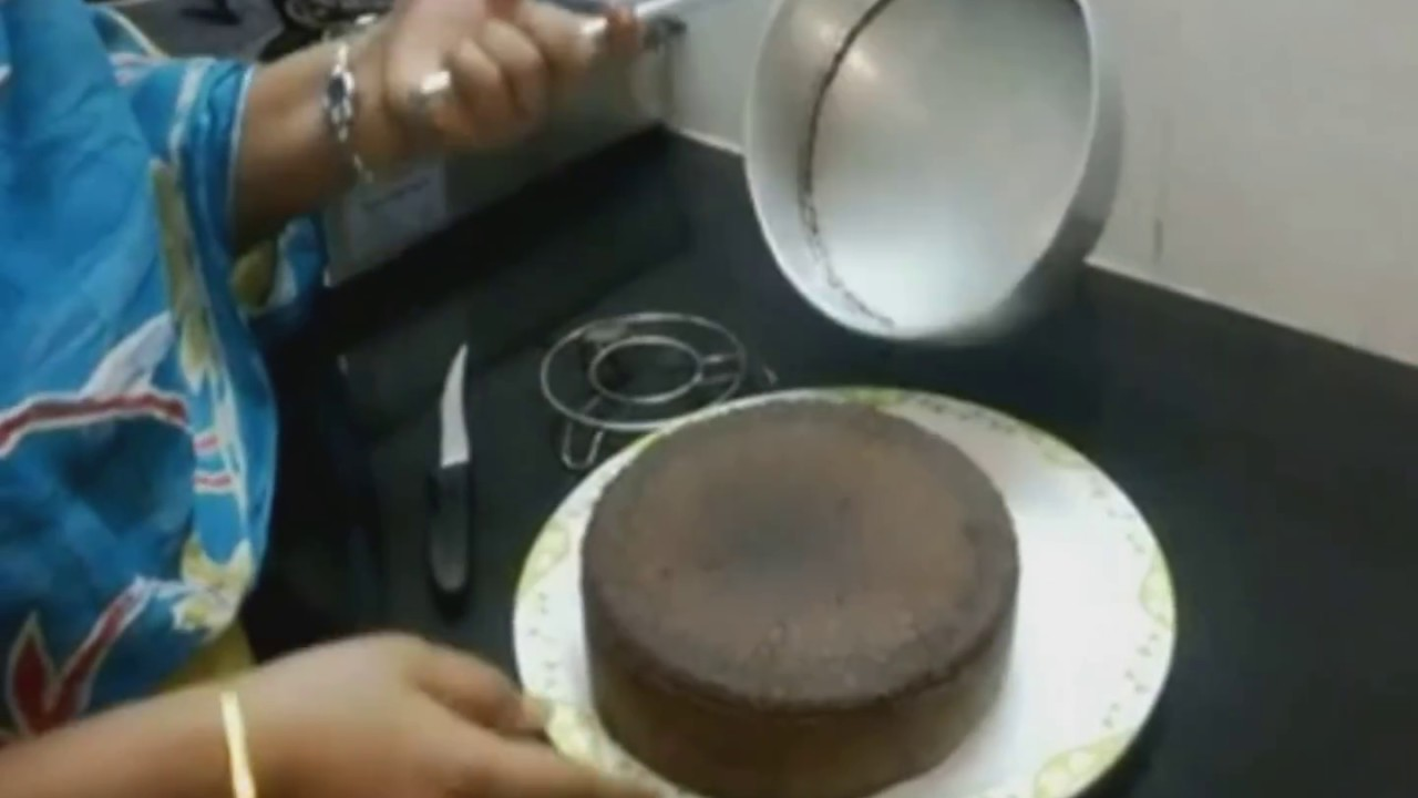 Chocolate Cake Making In Tamil Without Oven Cooker And Sandpot Easy Method Youtube