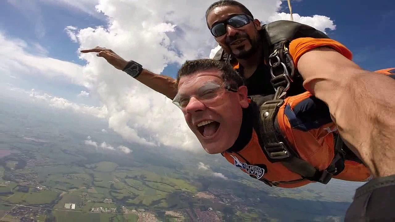 Salto de Paraquedas do Ednei na Queda Livre Paraquedismo 28 01 2017