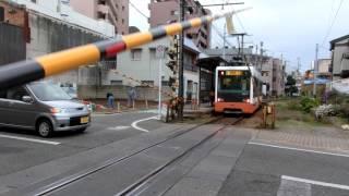 電子音の踏切~松山の路面電車 清水町駅 fumikiri crossing street car in Matsuyama Japan