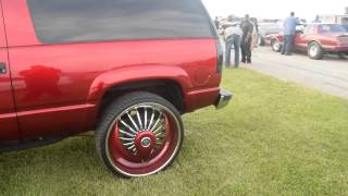 "GMC Yukon GT On 28"" DUB Floaters @ 2015 South Invades The North"