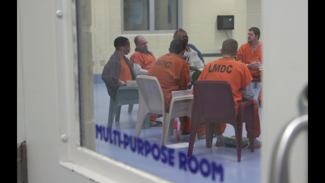 In Kentucky, jail is becoming an addict's last-resort rehab