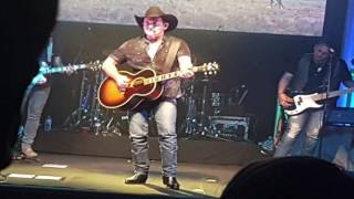 Lee Kernaghan, The Wolfe Brothers and Christie Lamb Concert