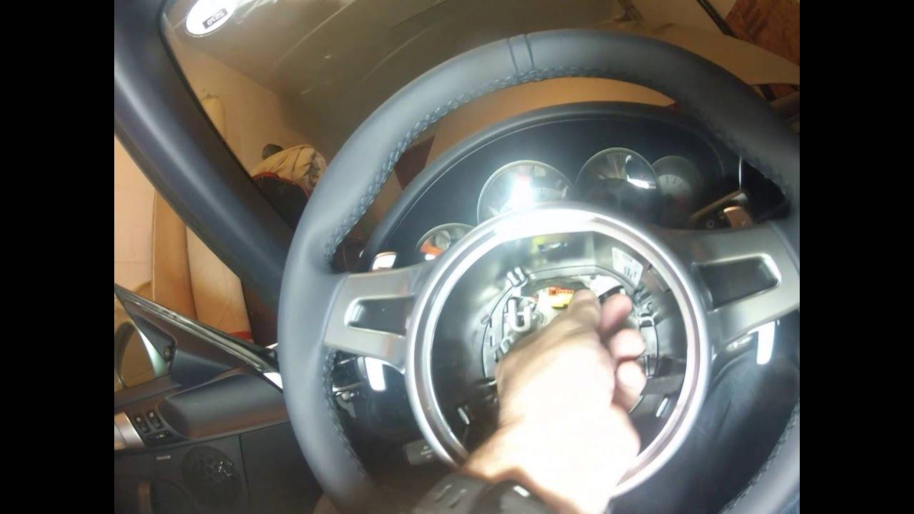 porsche 911 version 997 2 steering wheel removal and. Black Bedroom Furniture Sets. Home Design Ideas