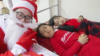 Kids Go to school ! Santa Claus