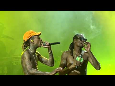 Snoop & Wiz - Young, Wild & Free (live) 8-14-2016 Cleveland, OH