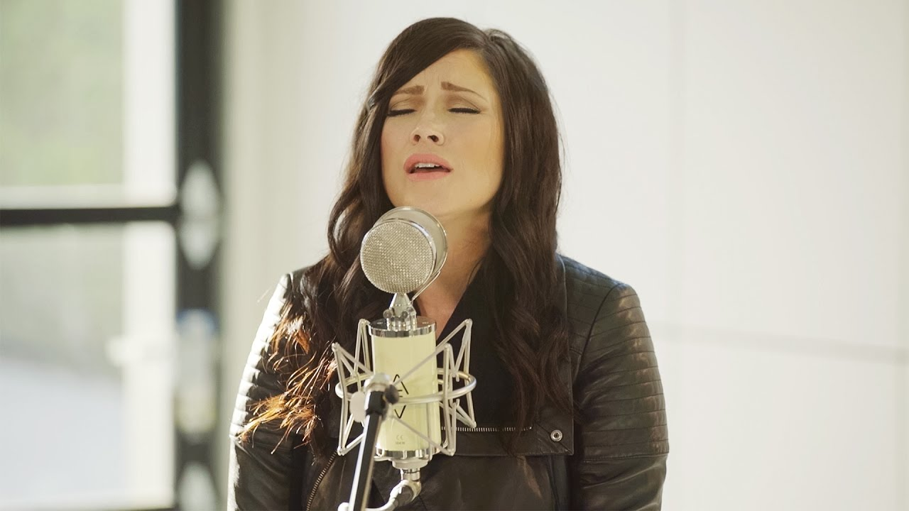 The Cause Of Christ // Kari Jobe // New Song Cafe - YouTube
