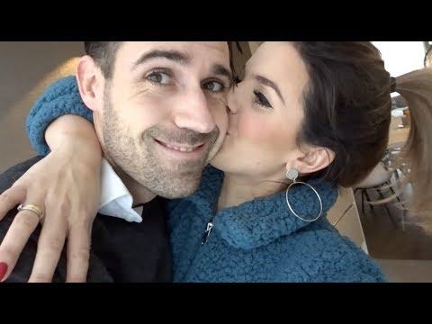 Kiss dating afscheid audioboekonline dating site in Nieuw-Zeeland