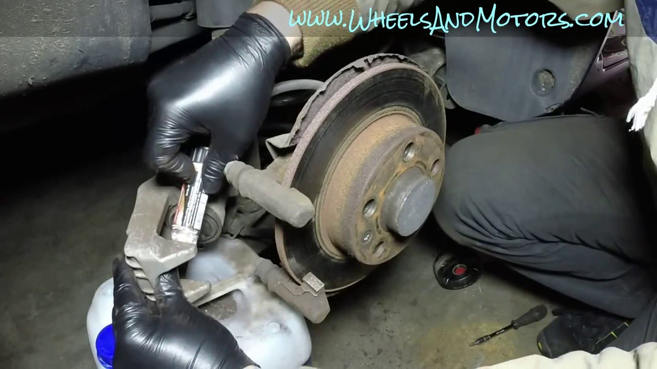 how to replace rear brake pads and discs vw golf mk4 audi. Black Bedroom Furniture Sets. Home Design Ideas