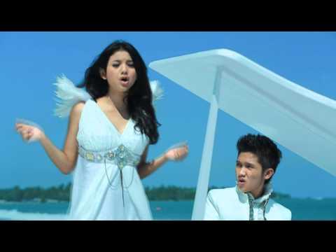 Glenca Chysara Feat Rio D'rioz - Bukan Cinta