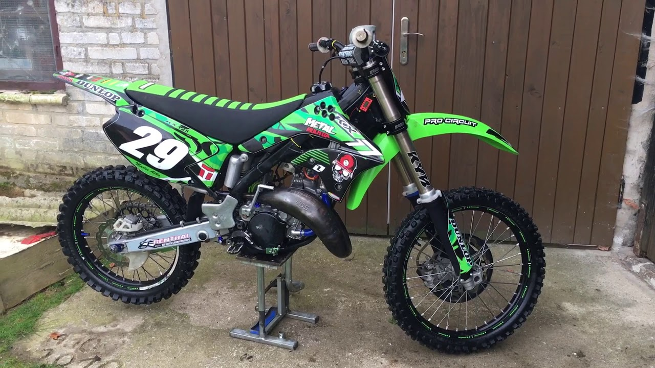 Kawasaki KX 125 2006 rev limitter, 2 stroke power - YouTube