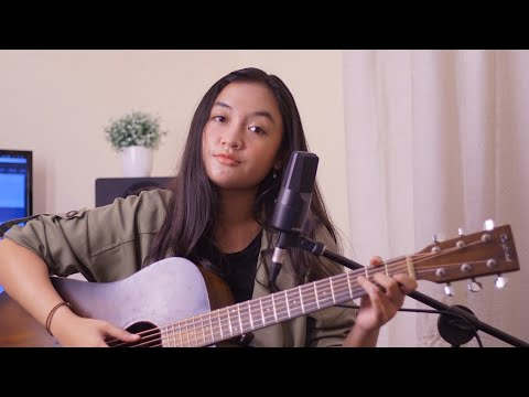 Lost Stars - Adam Levine (acoustic Live Cover By Vari)
