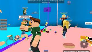 Mi primer video de YouTube con mi prima luz en Roblox