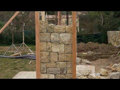 Rivestimento in pietra per pilastri esterni