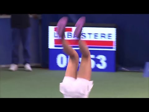 Marta Kostyuk backflip celebration