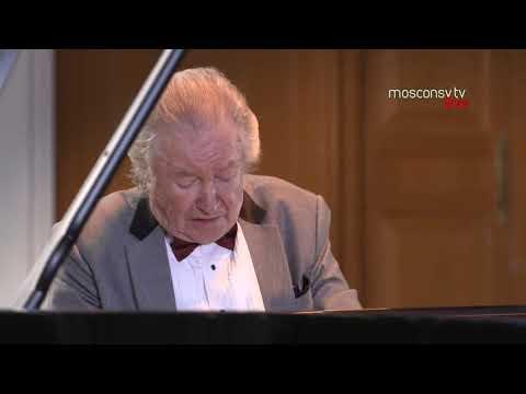 Mikhail Voskresensky in Concert [June 24, 2020] Mozart, Schumann, Tchaikovsky, Muyssorgsky